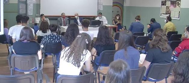 Al via l'anno scolastico 2020/2021: il saluto al Liceo Roiti