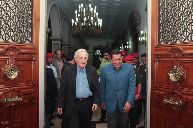 U.S. Intellectual Noam Chomsky met with President Chavez in 2009.