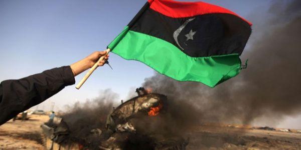 """A raíz de esa operación """"humanitaria"""", unas 30 mil personas murieron, entre ellas, Muammar Gadafi, principal objetivo de la OTAN."""