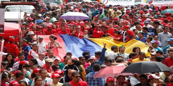 Los venezolanos marcharon hasta las adyacencias del Palacio de Miraflores, en la ciudad de Caracas.