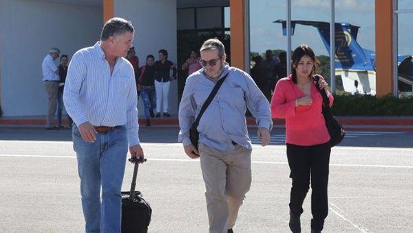 El jefe de las FARC-EP y otros miembros del secretariado llegaron a la capital colombiana.