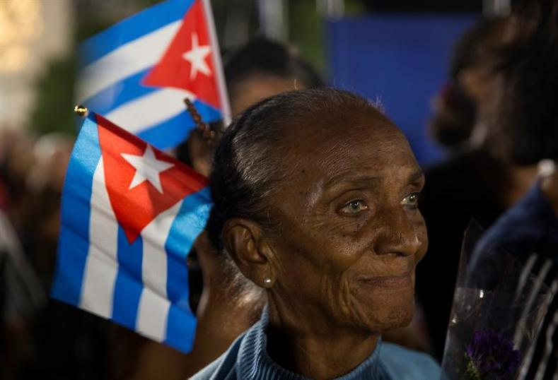 Thousands of Cubans gathered in the Revolution Square in Havana to listen to tribute from around the world for the late leader of the Cuban Revolution.