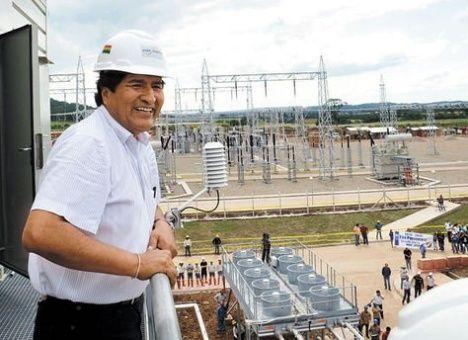 Evo Morales dijo que esta medida busca convertir a Bolivia en el centro energético de Suramérica.