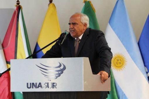 Ernesto Samper instó a trabajar por los pobres en la región