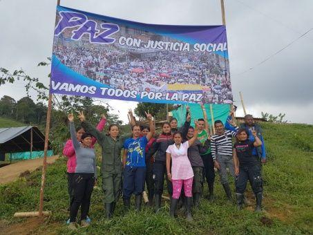Las FARC-EP cumplen con el acuerdo de paz firmado con el gobierno colombiano.