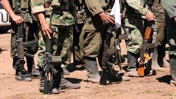 """""""¿Y para qué vamos a guardar armas si lo que vamos a hacer es política? La política no se hace con armas"""", dijo Iván Márquez."""