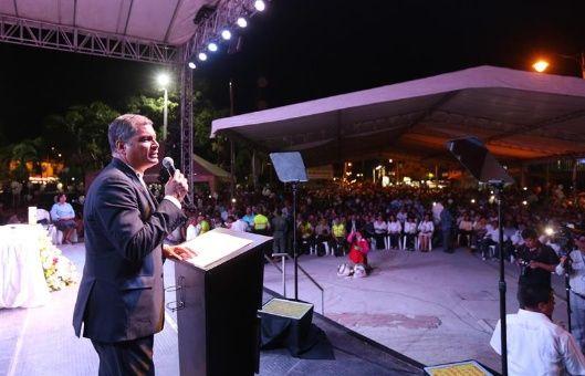 Rafael Correa hace un nuevo llamado en defensa de la democracia ecuatoriana.