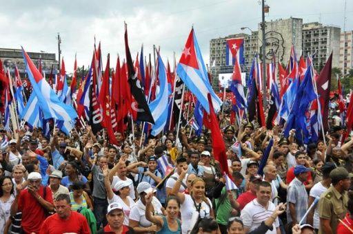 Los desfiles en plazas, calles, poblados enviarán al mundo un mensaje de unidad y de homenaje a Fidel y sus ideas.