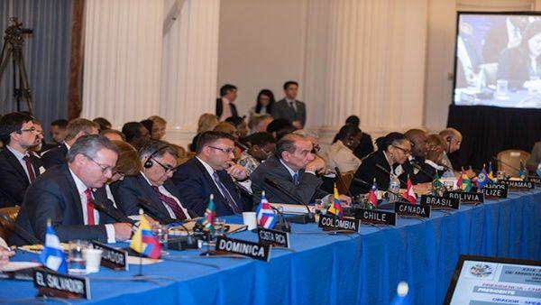 """Gobiernos de derecha de la OEA fallaron al intentar imponer """"soluciones"""" a Venezuela."""