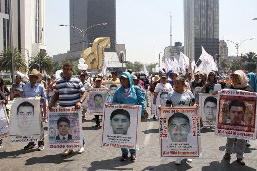 La canciller venezolana Delcy Rodríguez presentó diez proyectos de resolución ante la OEA, uno de ellos de solidaridad con Ayotzinapa.