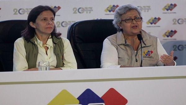 """Tibisay Lucena aseveró que """"la arquitectura del proceso (electoral) es verificable en todo momento""""."""