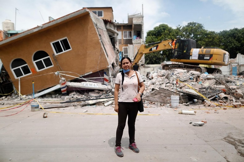 The 7.1 earthquake left 369 people dead and over 1000 buildings in need of repair.