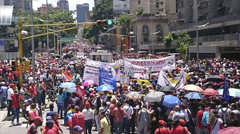 Venezolanos, líderes y gobiernos del mundo han condenado el intento de magnicidio contra el presidente venezolano.