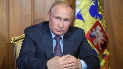 Putin subrayó que se trata de un tema que Rusia debate con Irán, Turquía, e incluso Estados Unidos.