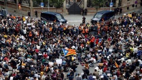 Hasta el momento 104 personas han sido detenidas en la protestas de Cataluña.