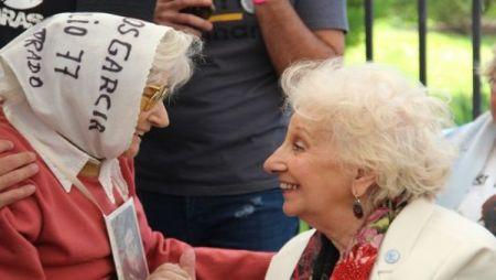 Carmen Conde fue víctima de la dictadura militar argentina tras sufrir el secuestro y desaparición de su hijo Juan Carlos García Conde.