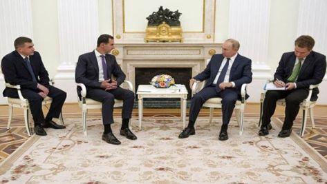Durante la reunión Vladimir Putin alabó los esfuerzos de Bashar Al Assad por mejorar el diálogo con sus oponentes políticos.