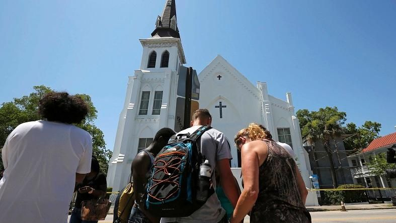 https://i0.wp.com/www.telesurtv.net/export/sites/telesur/img/news/2015/06/18/shooting_south_carolina_emmanuel_ame_church_crop1434656616519.jpg_931454118.jpg