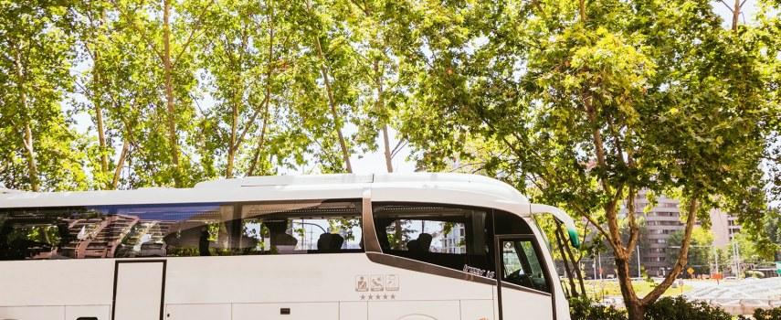 arriendo de buses para paseos en Santiago