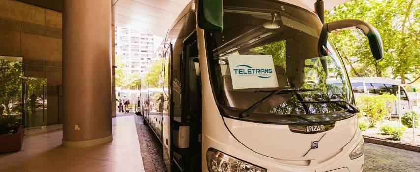 minibuses para viajes especiales en Santiago