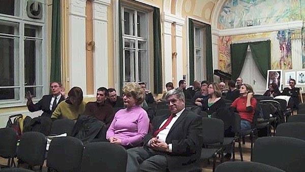 Kerekasztal - Ki a magyar vita