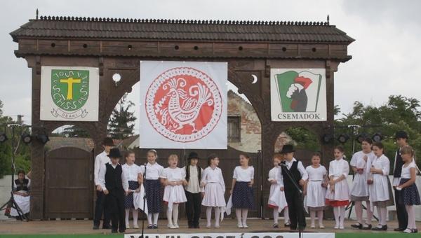 Nádszegi Kisnádas Mezőföldi táncok