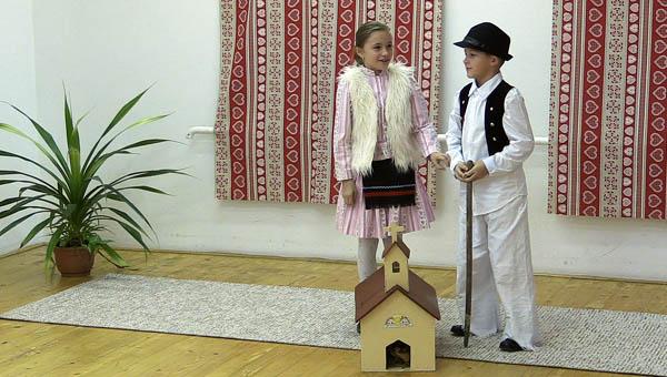 Galambos Krisztína és Rostás Márk, Illésháza