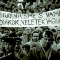 1989 – A bársonyos forradalom