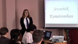 Magyarics Arianna, Komárom