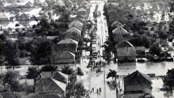 Csicsó az 1965-ös árvíz alatt