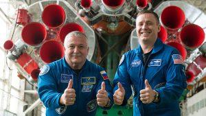 Az orosz Fjodor Jurcsihin és az amerikai Jack Fischer