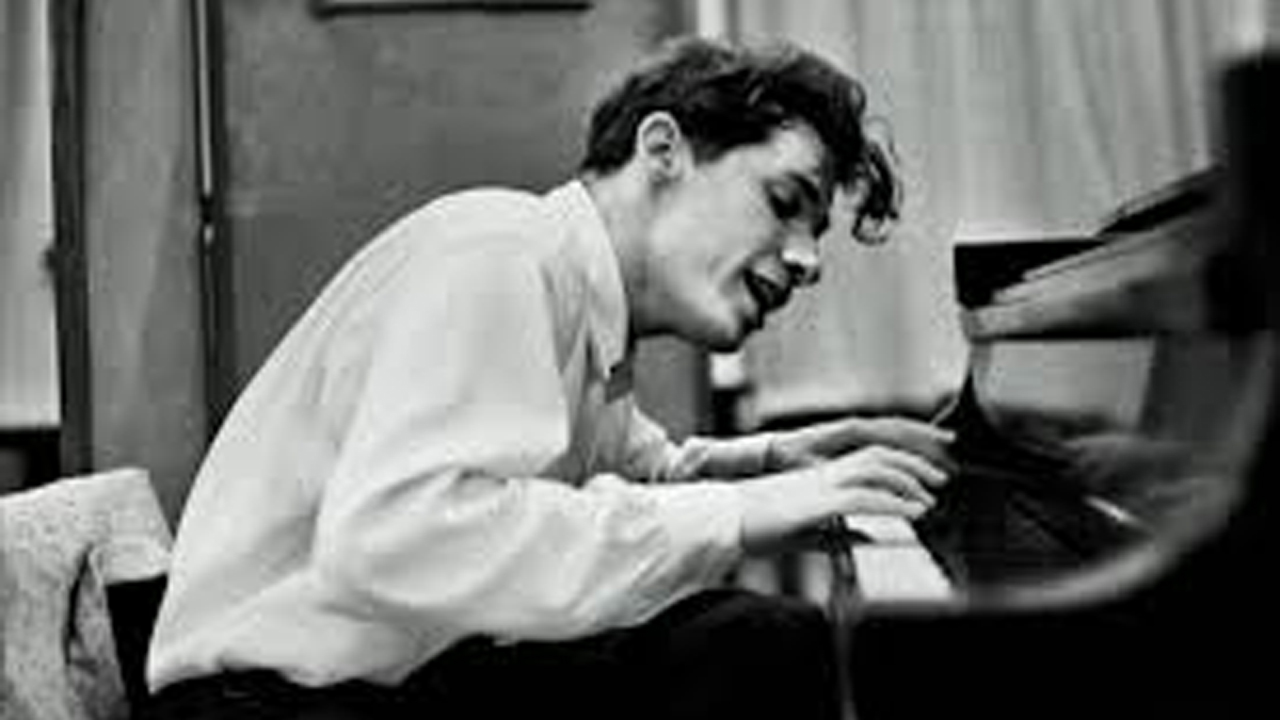 Glenn Herbert Gould (1932–1982)