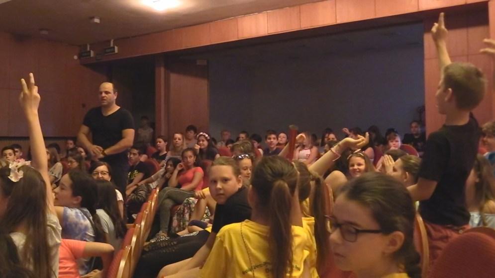 43. Duna Menti Tavasz - Csavar Színház