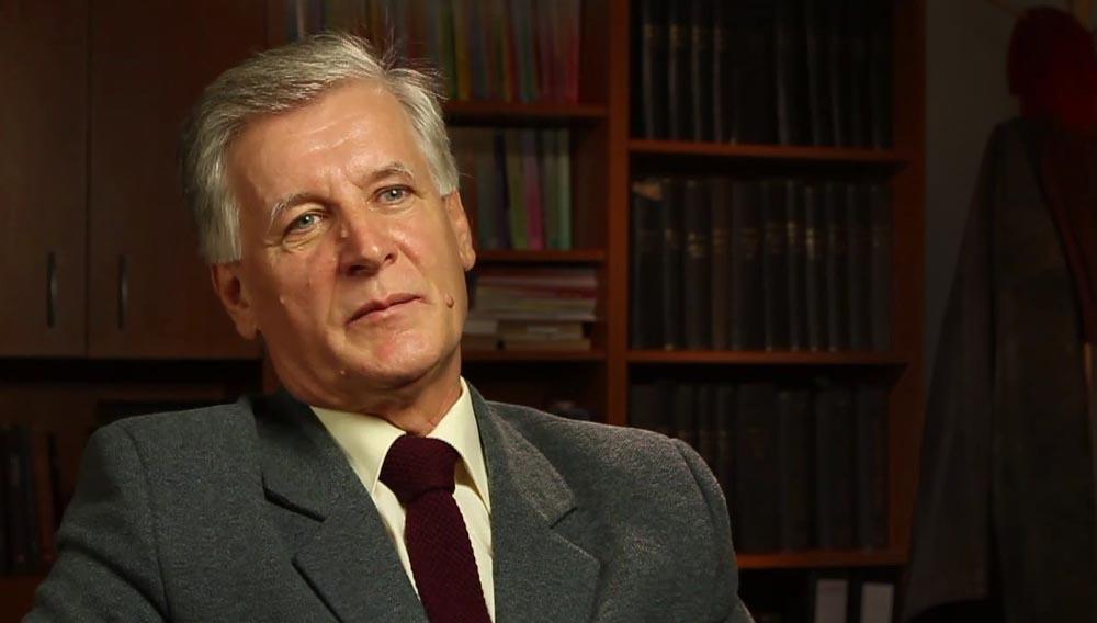 Elhunyt Keszegh István komáromi matematikatanár