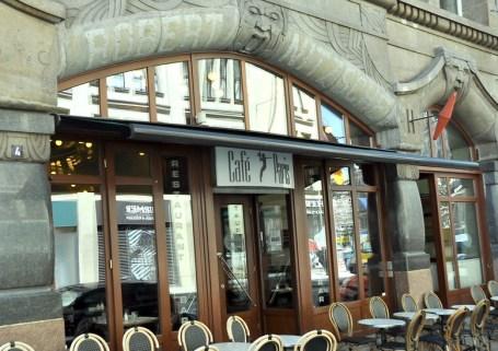 TR Cafe Paris 03