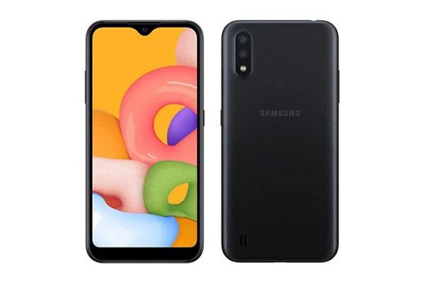 Samsung Galaxy M01 in black