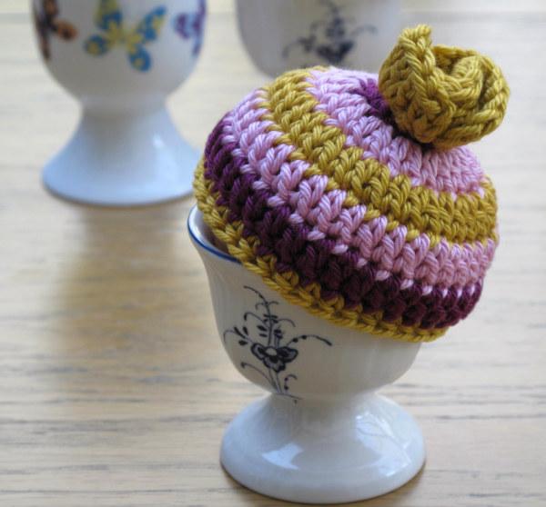 crochet egg cosy