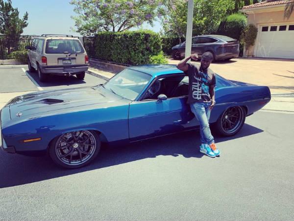 acidente de carro de Kevin Hart