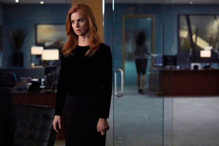 "SUITS -- ""Character and Fitness"" Episode 616 -- Pictured: Sarah Rafferty as Donna Paulsen -- (Photo by: Shane Mahood/USA Network)"