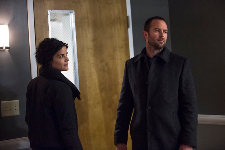 "BLINDSPOT -- ""Borrow Or Rob"" Episode 214 -- Pictured: (l-r) Jaimie Alexander as Jane Doe, Sullivan Stapleton as Kurt Weller -- (Photo by: Eric Liebowitz/NBC)"