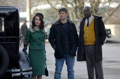 "TIMELESS -- ""Public Enemy No. 1"" Episode 114 -- Pictured: (l-r) Abigail Spencer as Lucy Preston, Matt Lanter as Wyatt Logan, Malcolm Barrett as Rufus Carlin -- (Photo by: Sergei Bachlakov/NBC)"