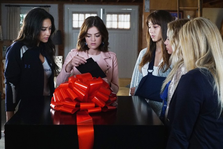 """PRETTY LITTLE LIARS - """"PlAytime"""" - After Noel Kahn's abrupt death, the Liars try putting their lives back together again in """"Playtime,"""" the first of the final ten episodes of Freeform's hit original series """"Pretty Little Liars,"""" airing TUESDAY, APRIL 18 (8:00 - 9:02 p.m. EDT). Fans can catch up on where the Liars left off with an all-day marathon of season seven starting at 11:00 a.m. EDT and running up to the one-hour spring premiere at 8:00 p.m. EDT. (Freeform/Eric McCandless)"""