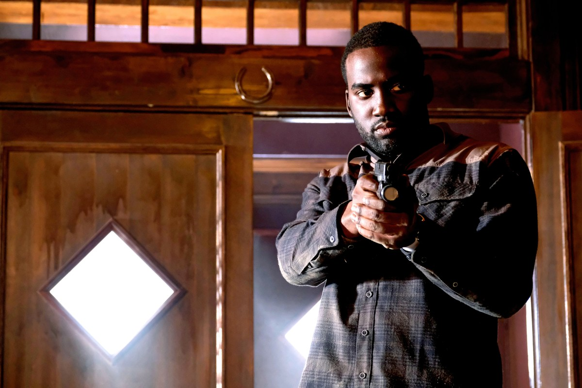 Wynonna Earp Photo Preview: Someplace You've Never Been (Season 2 Episode 11)