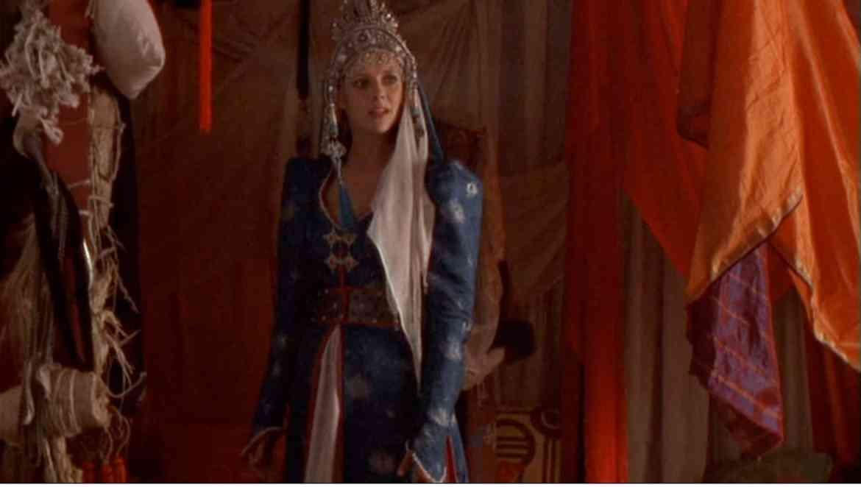 Stargate SG-1 – Emancipation – Season 1 Episode 4 – Sam in a Dress