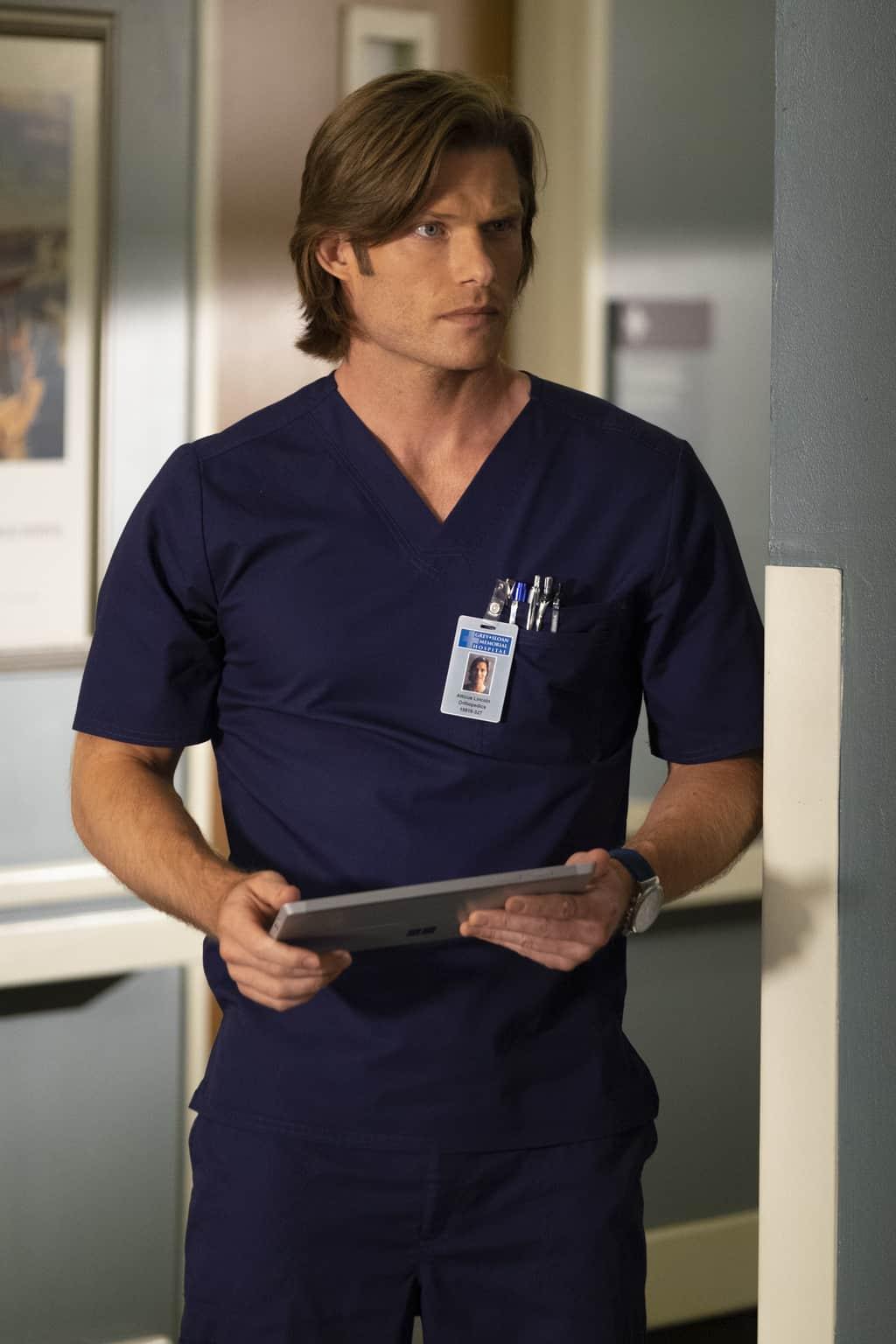 Grey\'s Anatomy Season 15 Episode 3 - Chris Carmack as Dr. Atticus ...