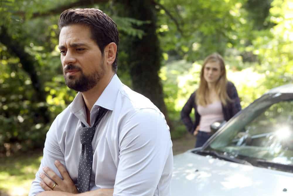Manifest Season 1 Episode 6 - J.R. Ramirez as Det. Jared Vasquez