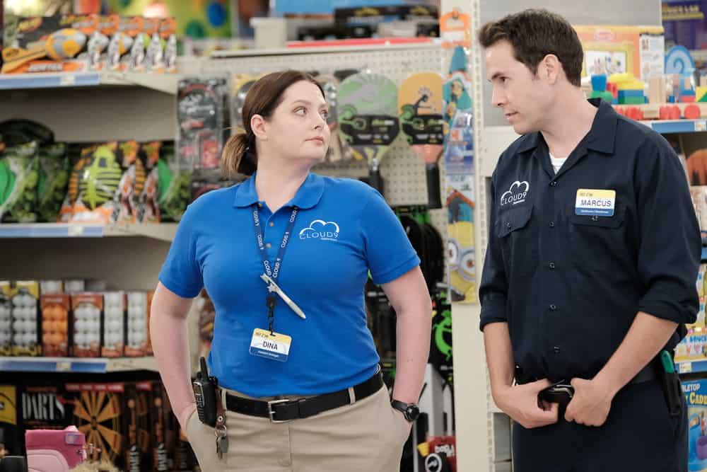 Superstore Season 4 Episode 8 Lauren Ash As Dina Jon Barinholtz