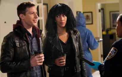 Brooklyn Nine-Nine Season 6 Episode 5 - Andy Samberg as Jake Peralta, Stephanie Beatriz as Rosa Diaz