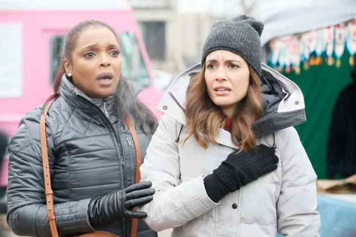 Chicago Med Season 4 Episode 15 - Marlyne Barrett as Maggie Lockwood, Torrey DeVitto as Natalie Manning