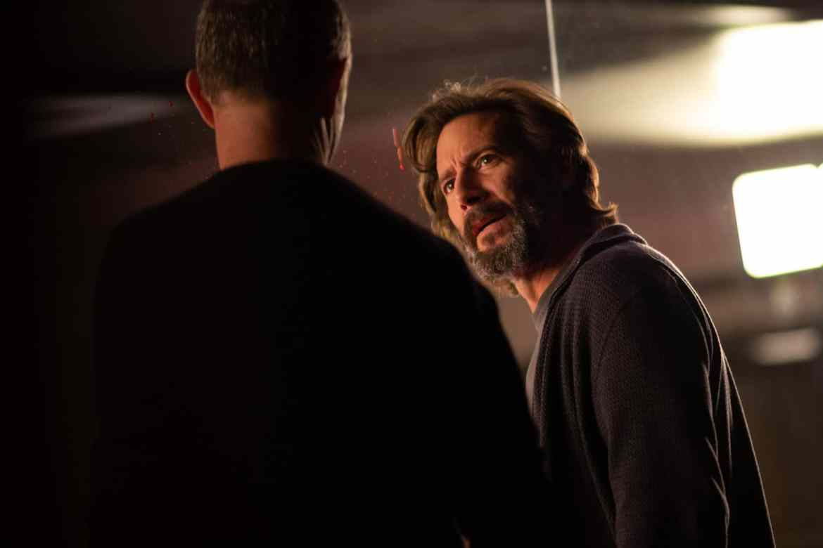 The Passage Season 1 Episode 5 - Henry Ian Cusick as Dr. Jonas Lear and Jamie McShane as Dr. Tim Fanning